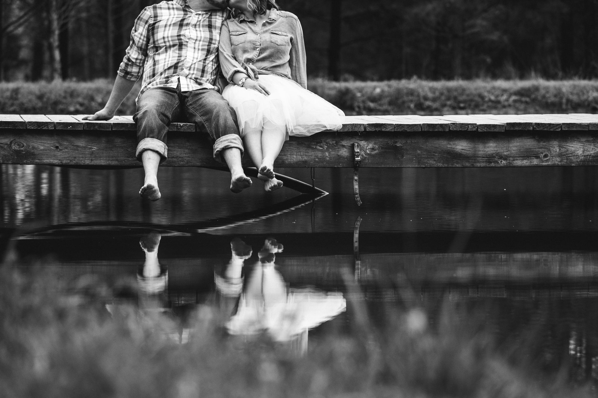 charlotte engagement session at pond