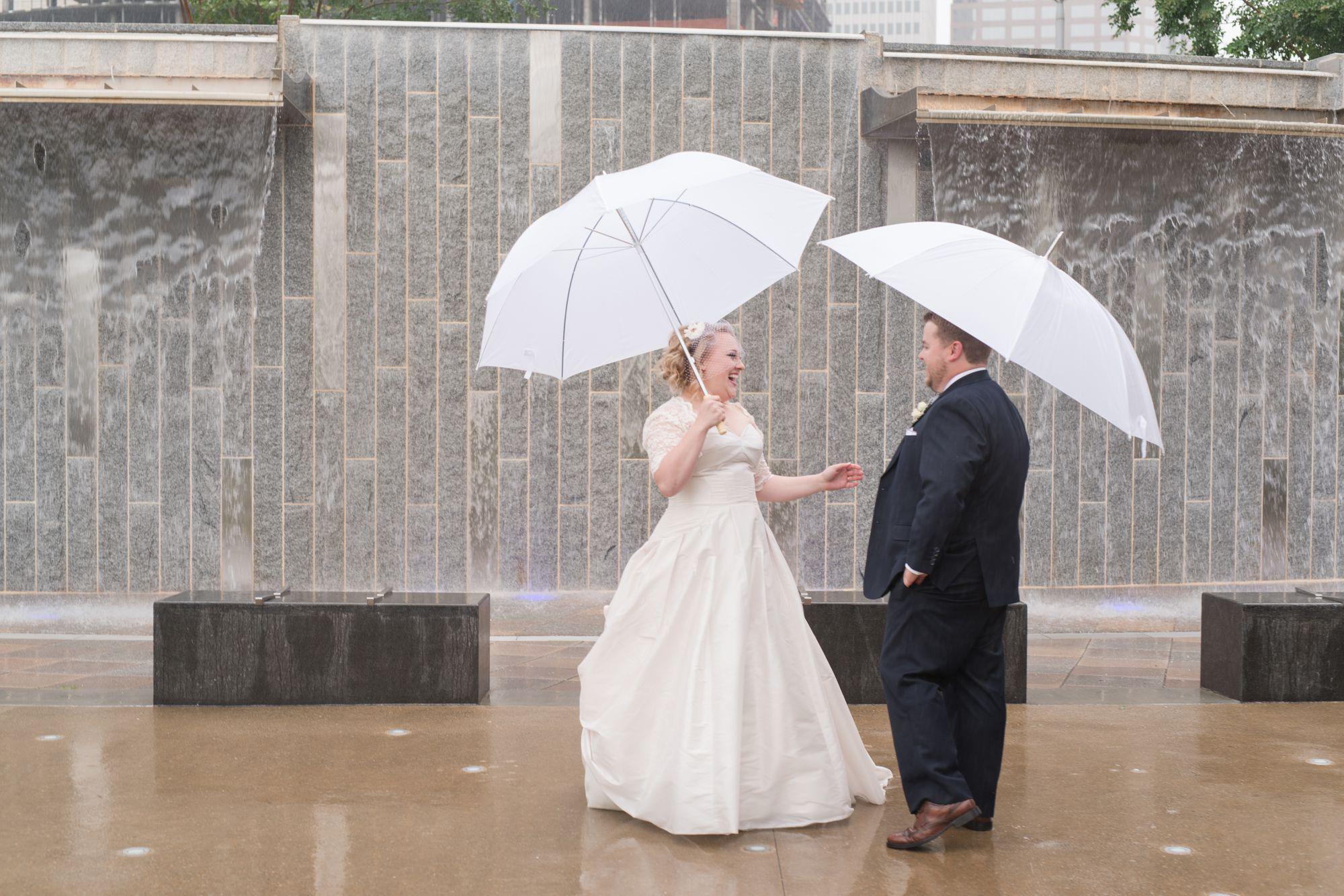 uptown-charlotte-warhouse-wedding 28