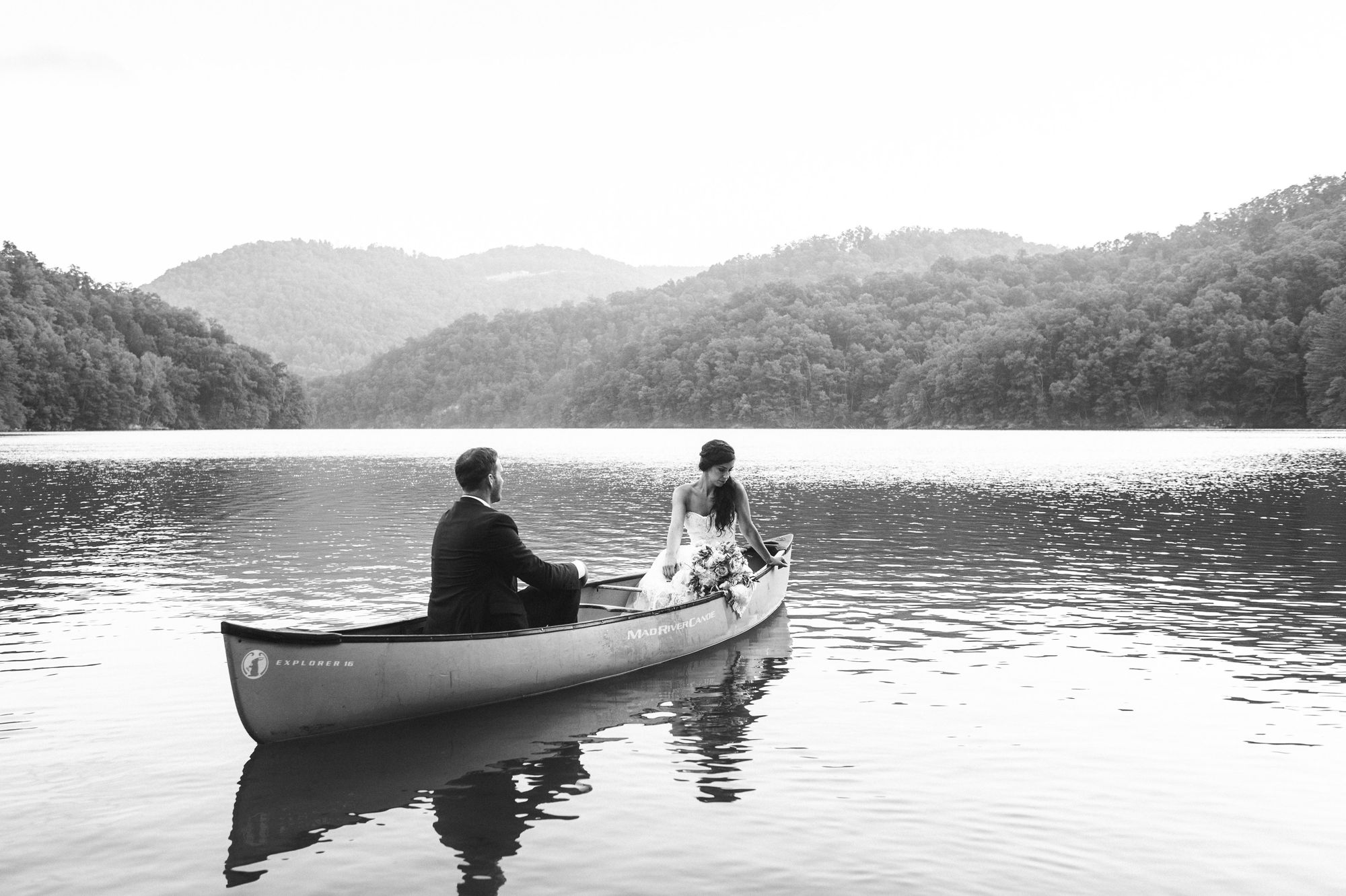 morning-after-wedding-session-in-canoe 10