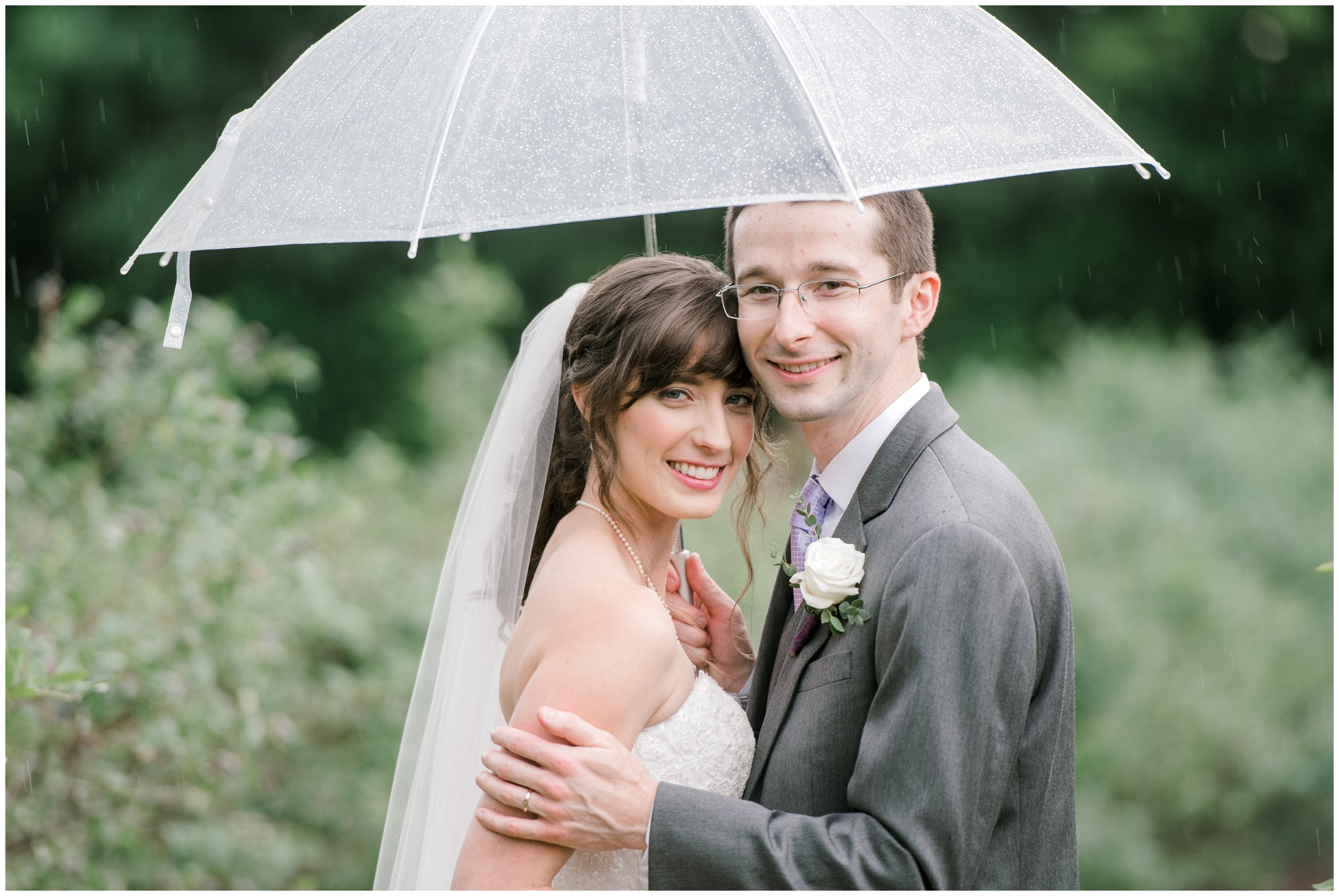 wedding portraits in the rain