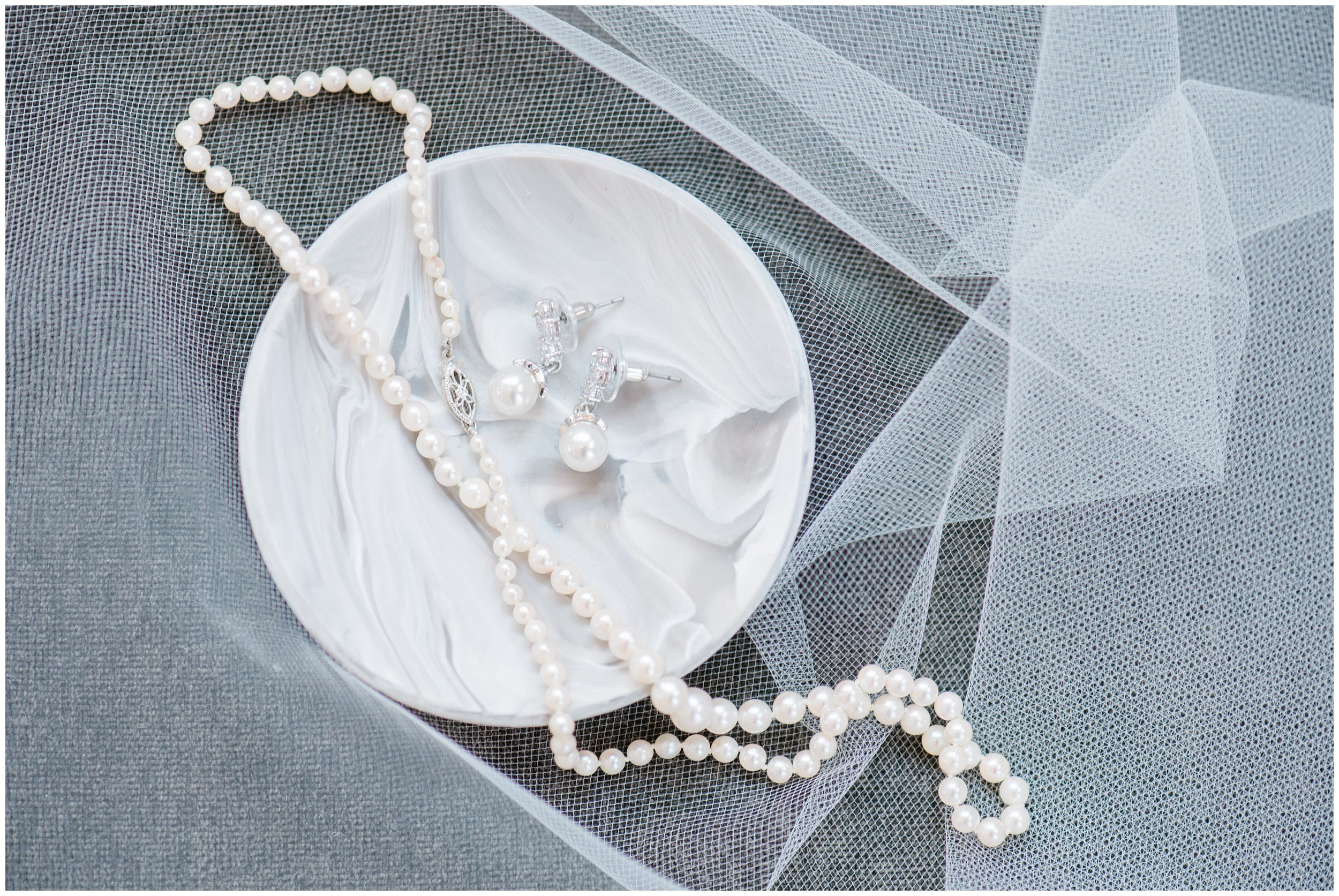 bride's necklace and earrings for charlotte wedding