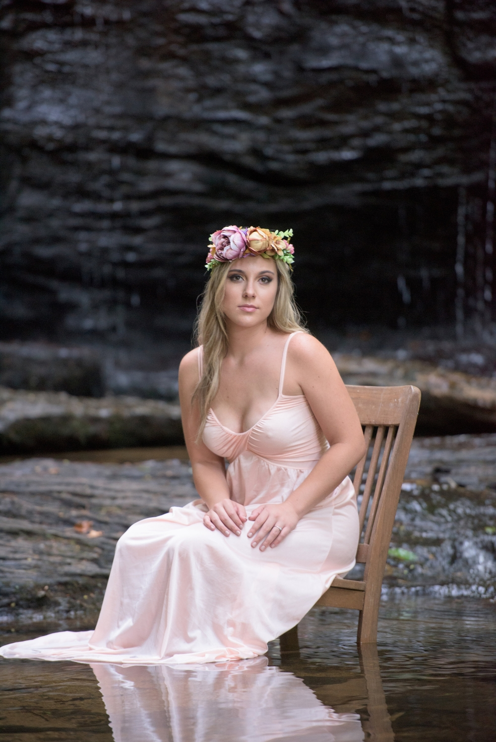 outdoor waterfall boudoir 9 -