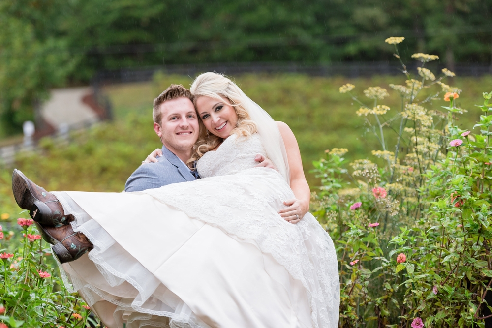 mountain vineyard carolina wedding62 -
