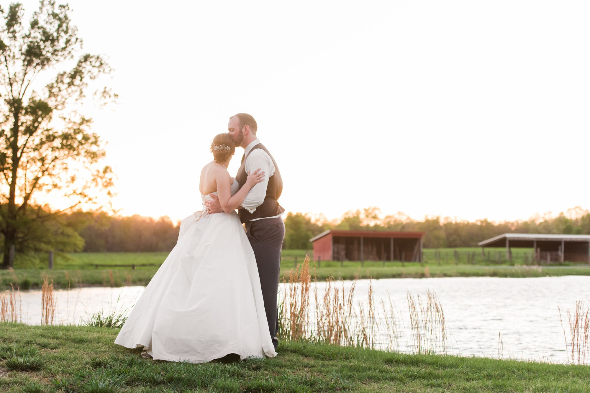 charlotte-wedding-photographers-farm-at-brusharbor 97