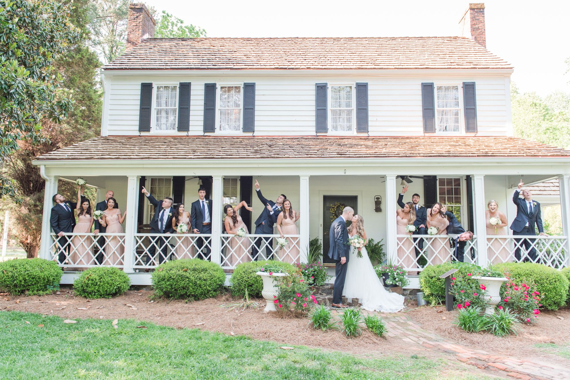 beaver-dam-house-davidson-nc-wedding-photos 38