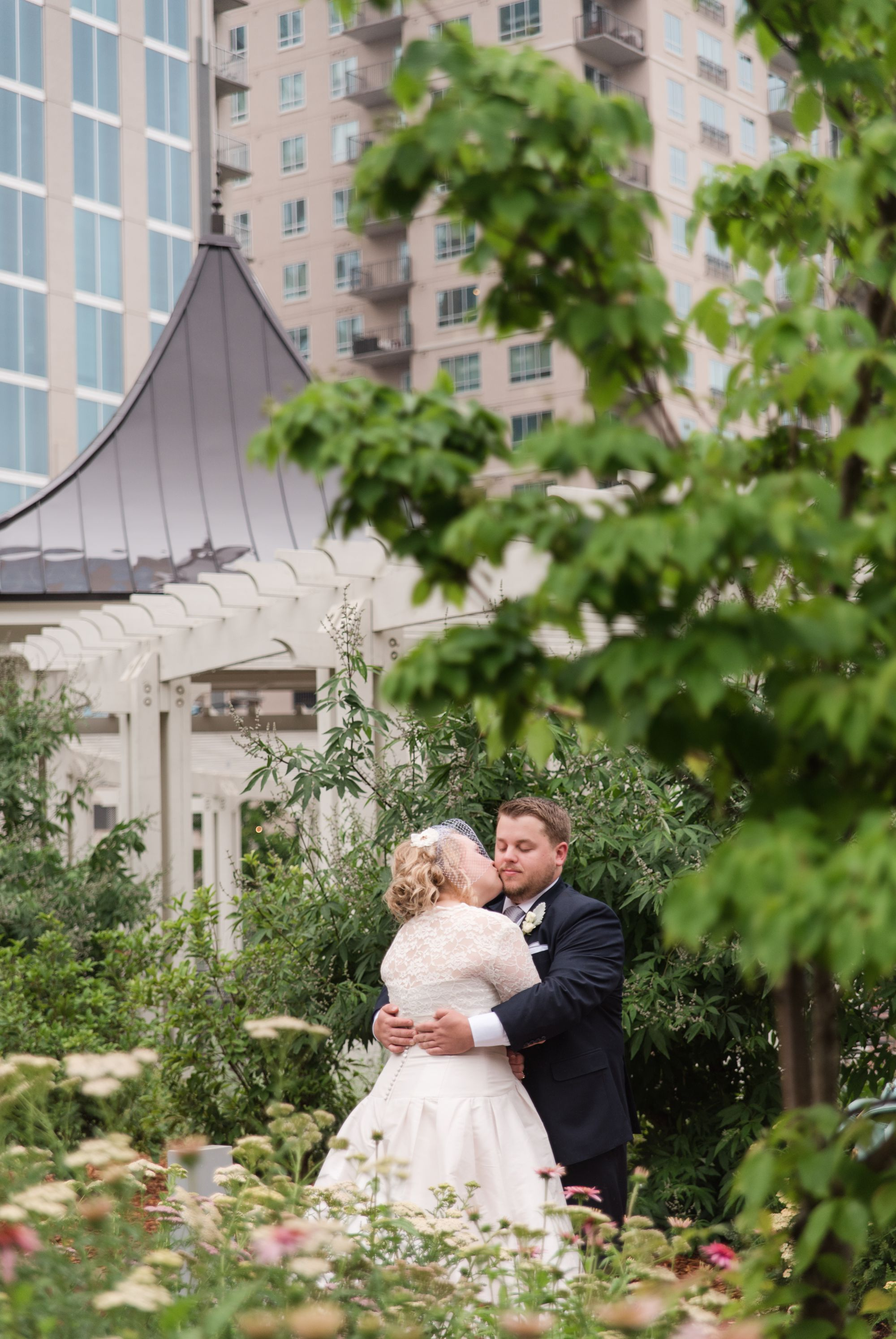 uptown-charlotte-warhouse-wedding 38