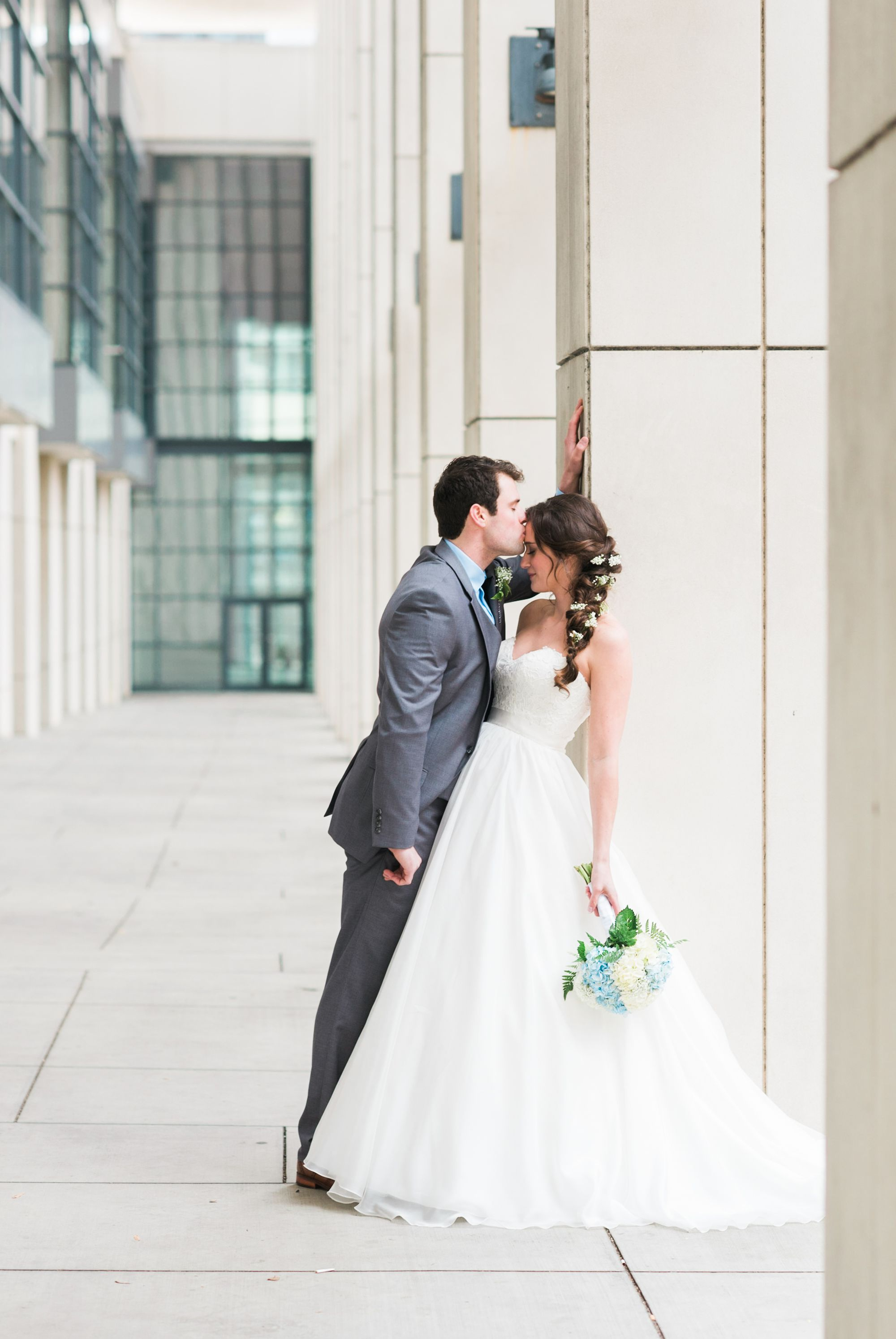 bride and groom wedding picture uptown charlotte