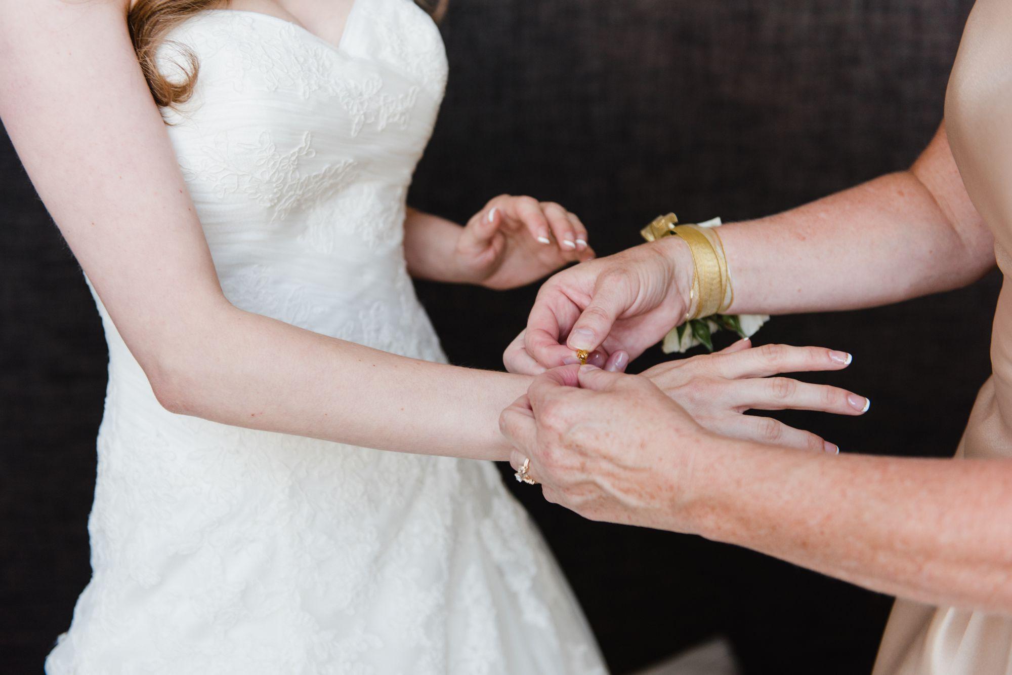 proximity-hotel-greensboro-wedding-pictures 24