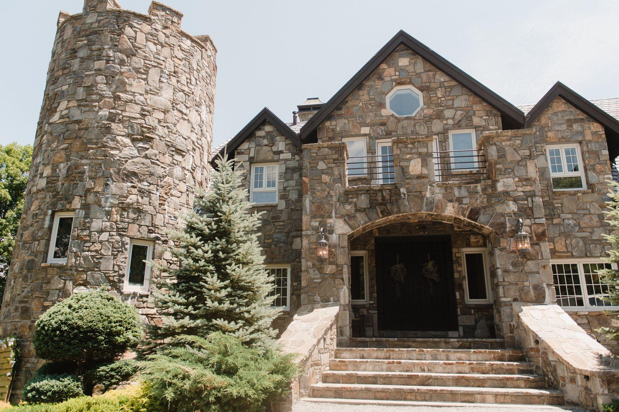 castle-ladyhawke-destination-wedding 2