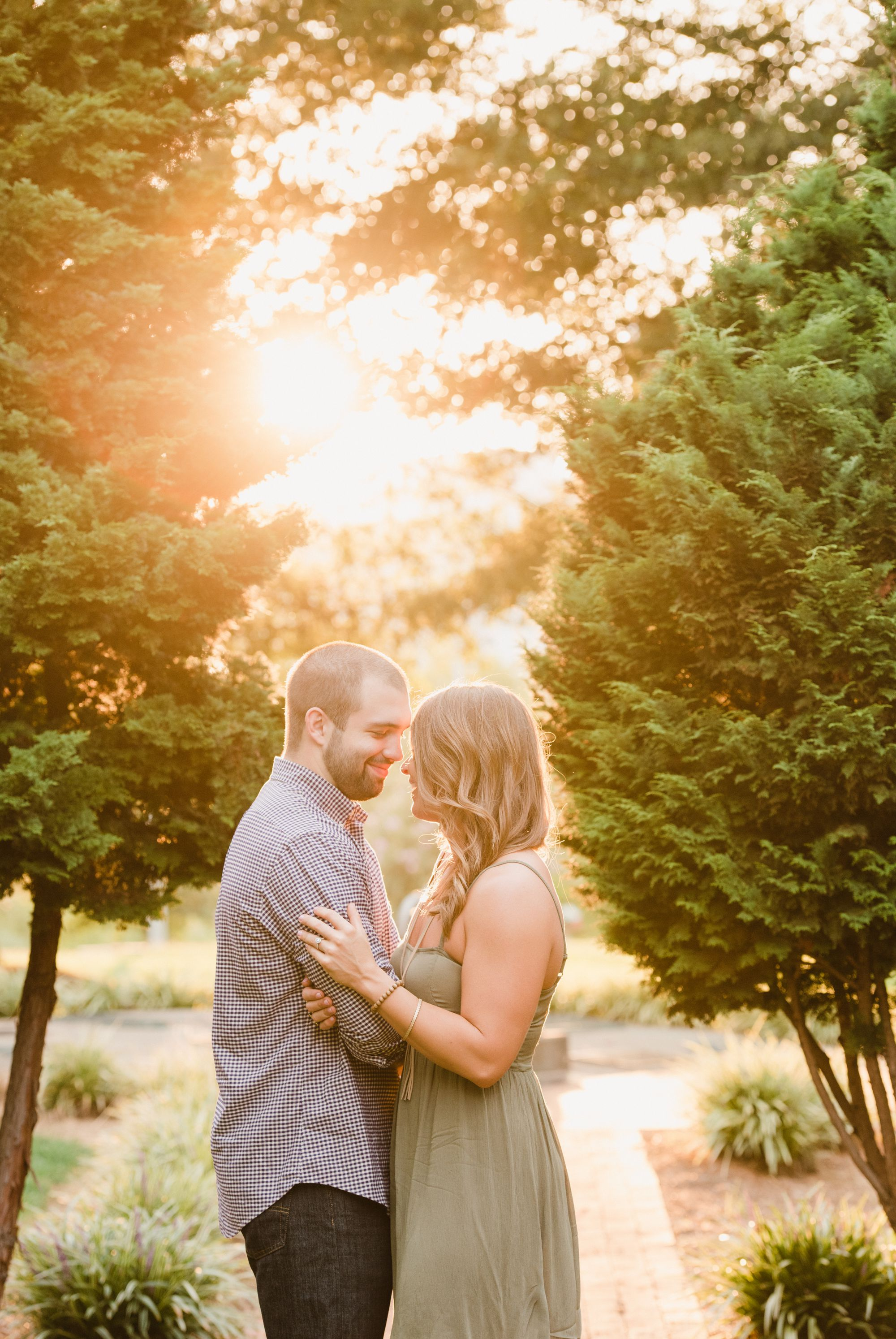 uptown charlotte engagement pictures 5 -