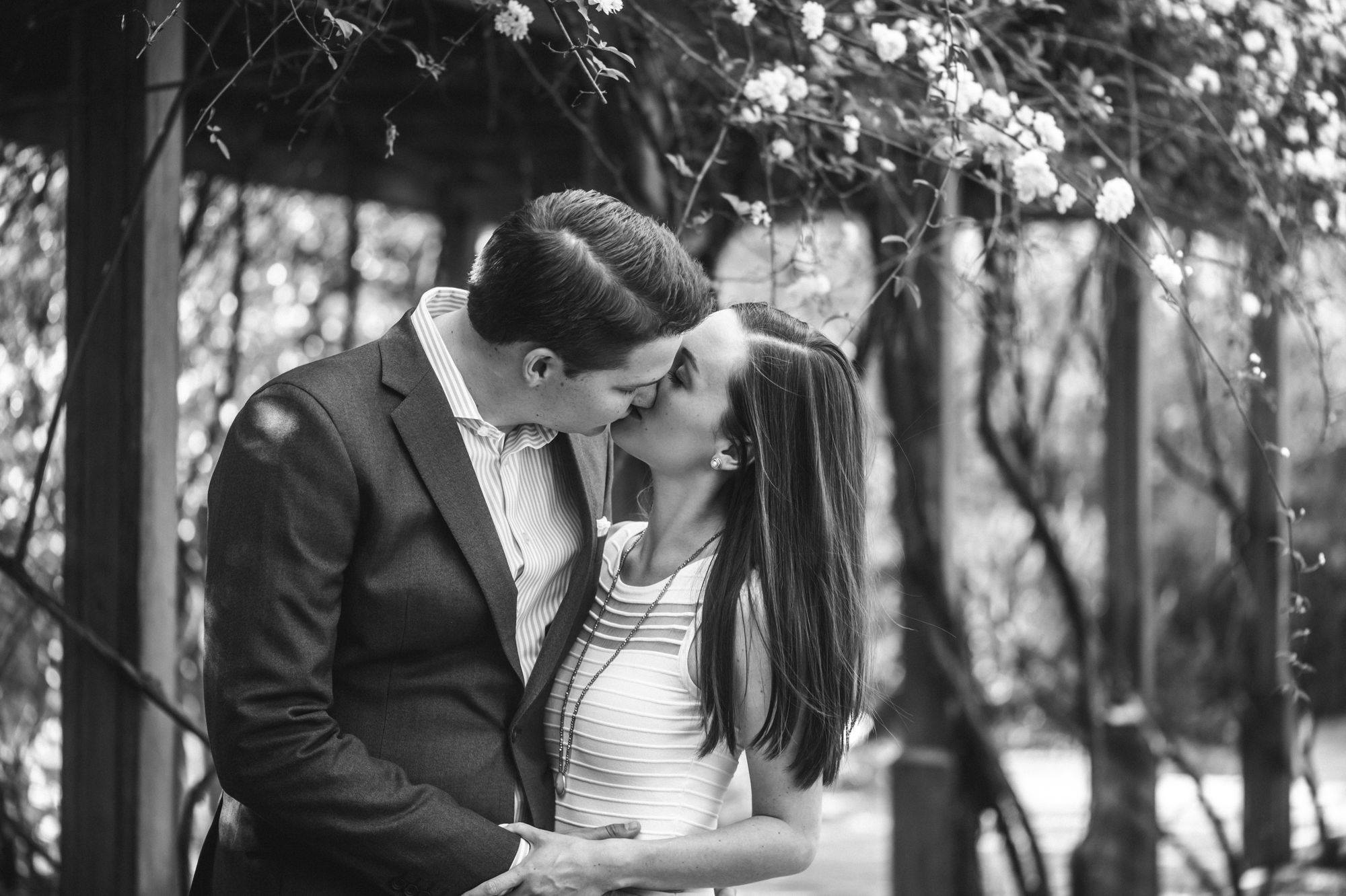 Lace House engagement pictures