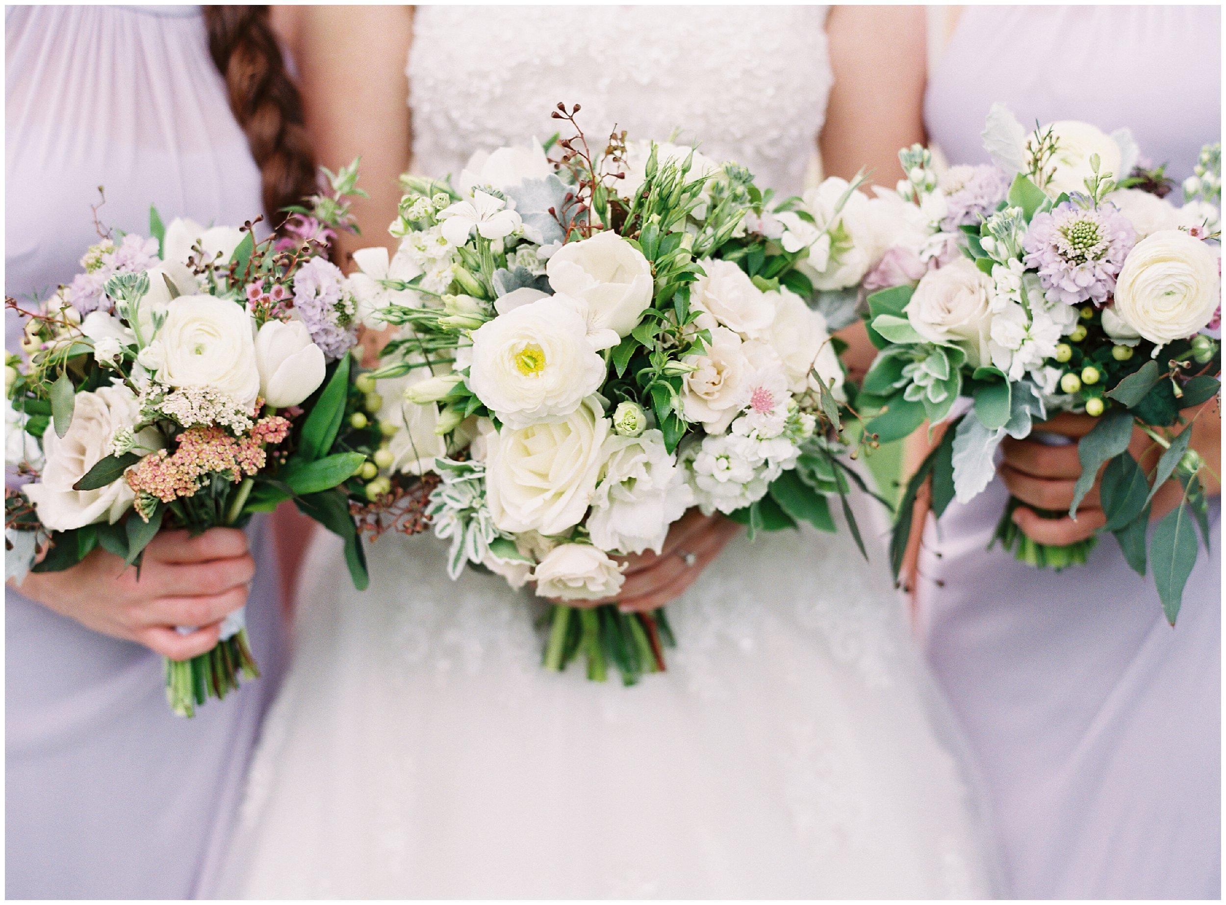bouqet details gorgeous flowers